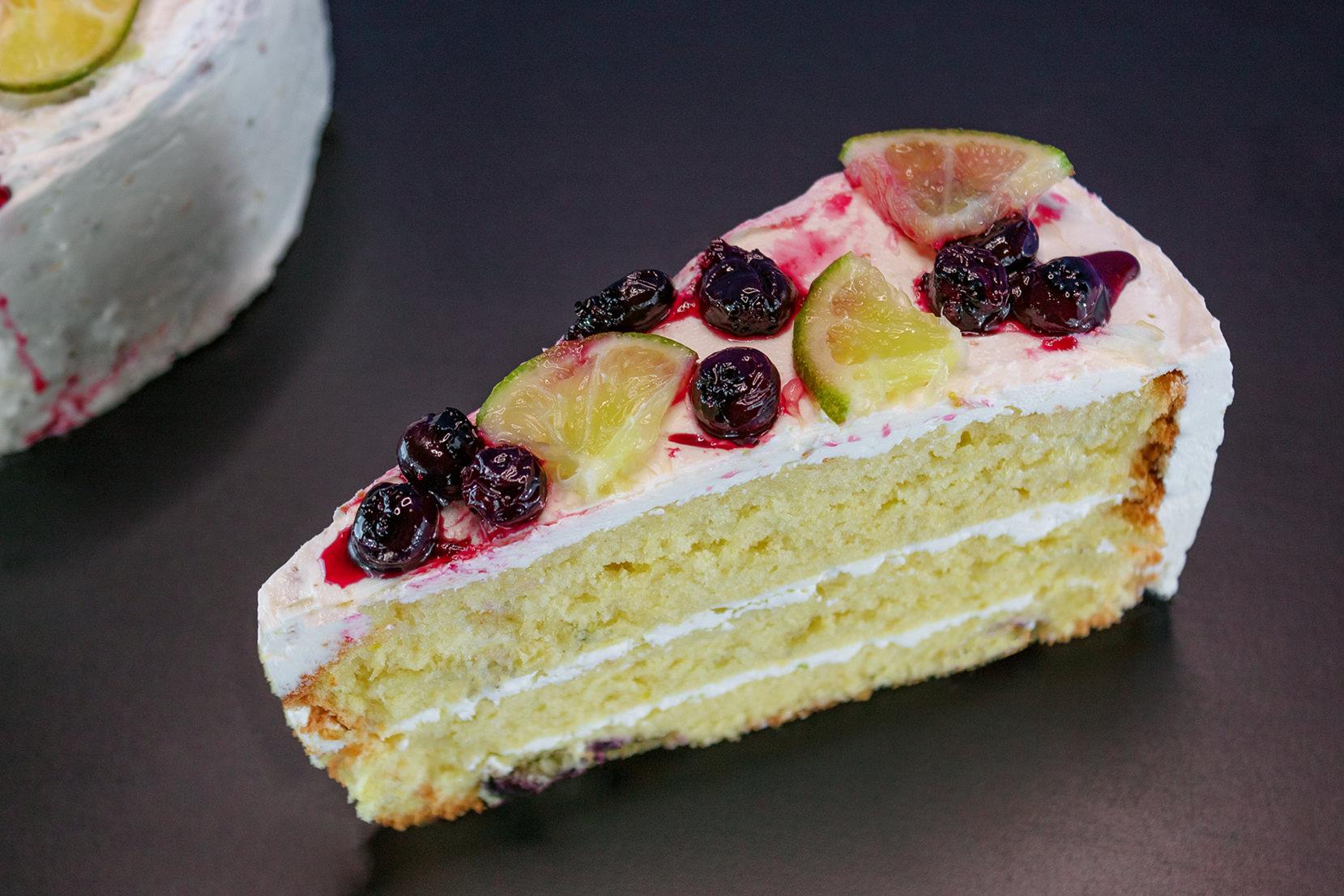torta de limón y arándanos