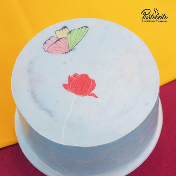 Tortas con papel comestible flor y mariposa 2